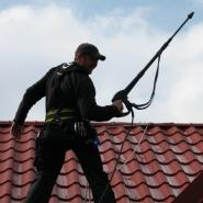 Mycie dachów domków jednorodzinnych