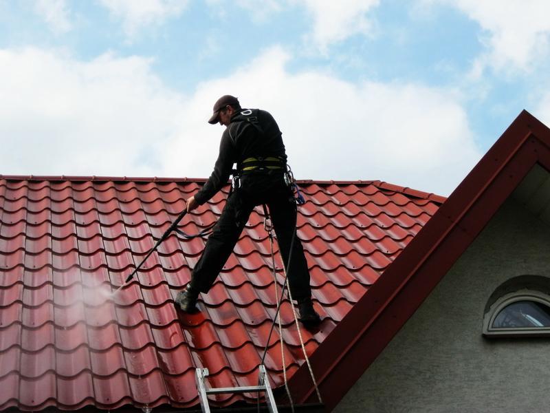 Mycie ciśnieniowe dachu
